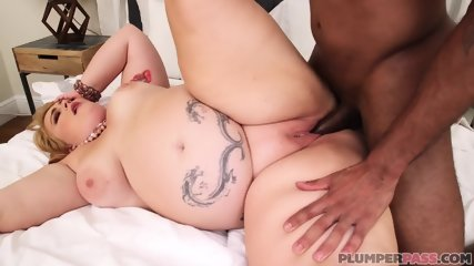 Big Call Girl Gets Pounded