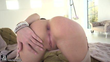 Dick Penetrates Her Anus - scene 2