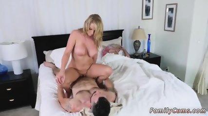 Teen 18 birthday gangbang and huge bubble butt Dont Sleep On Stepmom