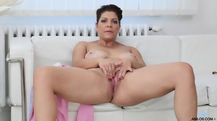 Mature Lady In Solo Action - scene 9