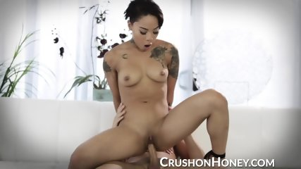 CrushGirls - Pounding Honey Golds fuck hole