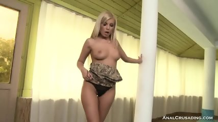 Gorgeous Blonde Loves Two Hard Rods