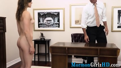 Teen pussy spunked on