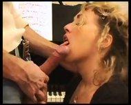 Splendide Pipe Blonde - scene 4