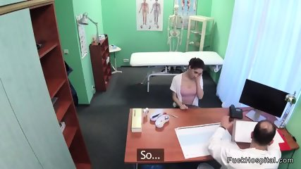 Slim patient fucks on examining bed
