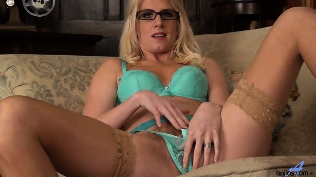 Girl With Glasses And Stockings Plays With Her Pussy