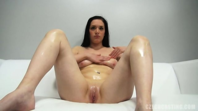 European Amateur With Nice Pussy