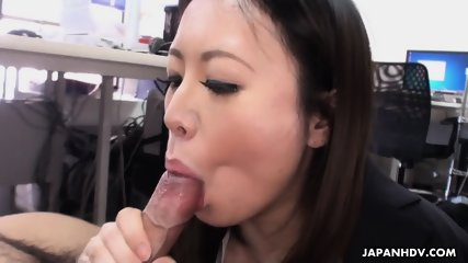 Asian Lady Blows Dick