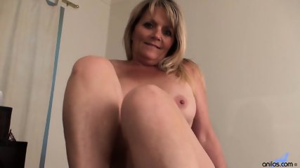 Awesome Mommy Is So Horny - scene 7