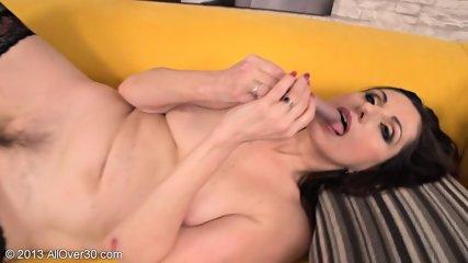 Horny Housewife Presents Her Wet Vagina - scene 9