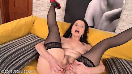 Horny Housewife Presents Her Wet Vagina - scene 12