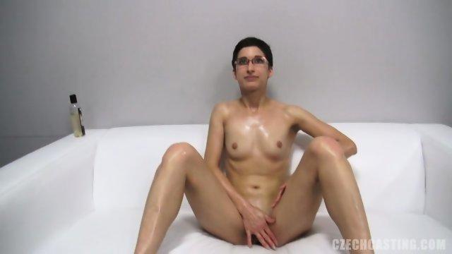 Eva Shows Her Naked Body