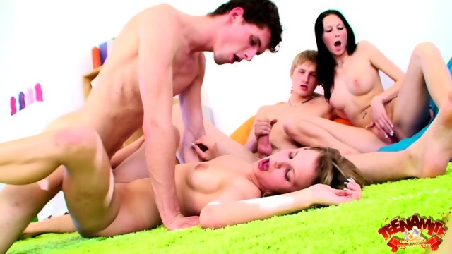 Foursome Sex On Green Carpet
