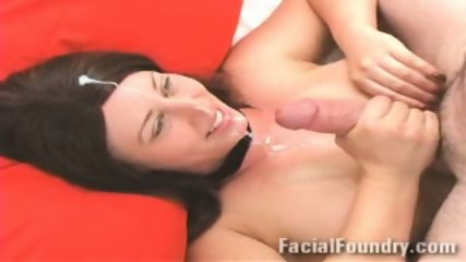 Hot cumshot on her face - scene 5