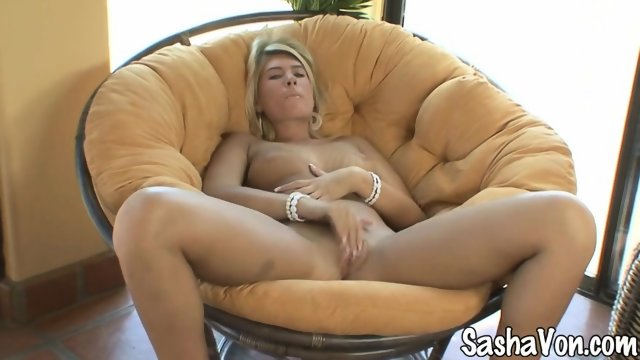 Sexy Lady And Her Playful Fingers