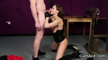 Slutty peach gets sperm shot on her face eating all the juice