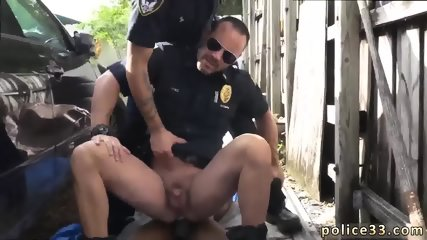 Gay sex beautiful boy video Serial Tagger gets caught in the Act - scene 1