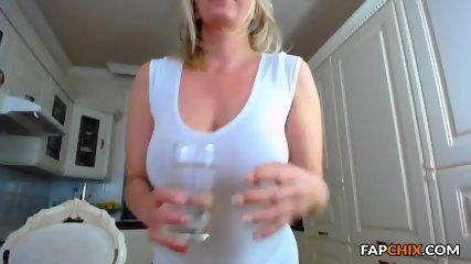 Perfectly Milf Webslut Cam Masturbation - scene 1