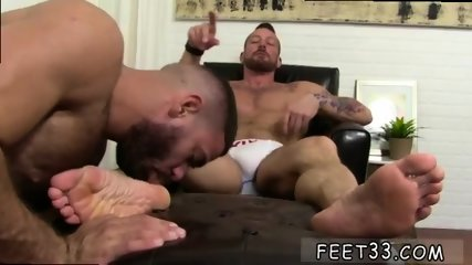 Small gay sex video Some studs were born to be - scene 9
