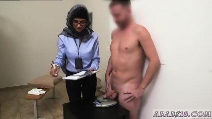 Amateur arab milf and big booty sex Black vs White, My Ultimate Dick Challenge. - scene 4
