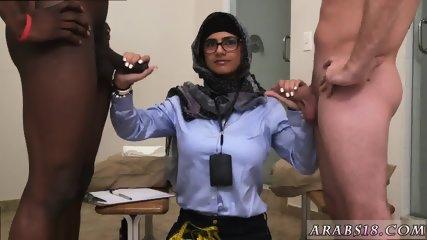 Amateur arab milf and big booty sex Black vs White, My Ultimate Dick Challenge. - scene 7
