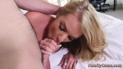 Mom and companion s daughter get anal first time Dont Sleep On Stepmom - scene 12