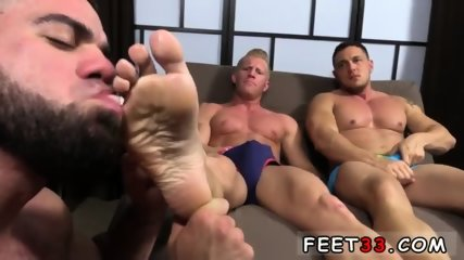 Emo gay sexy feet movie Ricky Hypnotized To Worship Johnny & Joey - scene 8