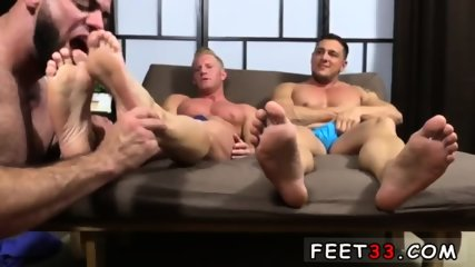 Emo gay sexy feet movie Ricky Hypnotized To Worship Johnny & Joey - scene 10