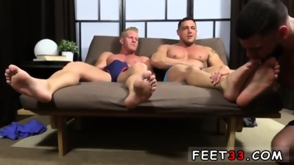 Emo gay sexy feet movie Ricky Hypnotized To Worship Johnny & Joey - scene 12