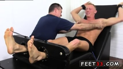 Sleepy male feet worship and hot legs in the air gay Cristian talked about how jumpy he - scene 12