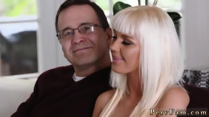 Caught spying on partner pal s step daughter shower xxx Stretching Your Stepmom - scene 1