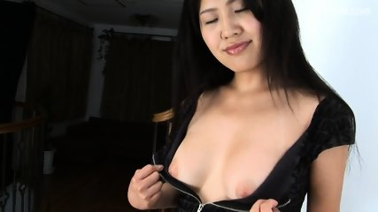 Sexy Asian Girl's Wet Pussy - scene 4