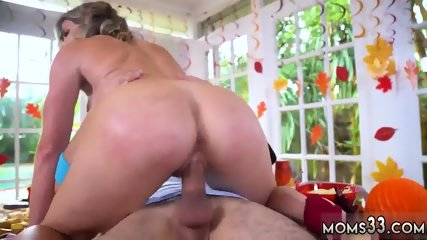 Mom boss s pal maid and sexy milf hd Gobble On The Pussy Not The Pie