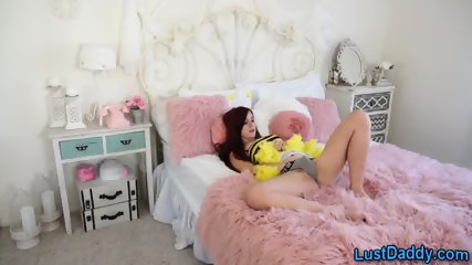 Busy bee stepteen masturbates