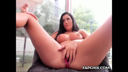 Luxury Big Tits Shaved Making Herself Cum Hard With A Sex Toy