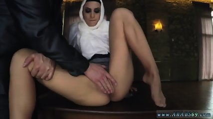 Arab big booty sex xxx Hungry Woman Gets Food and Fuck