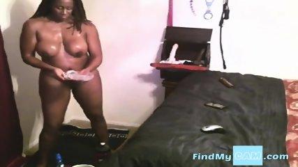 mature ebony on webcam