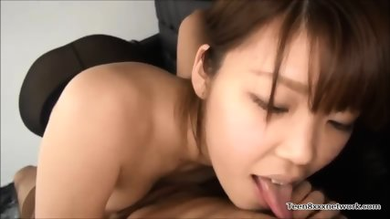Beautiful Chinese Pantyhose Sucking - scene 1