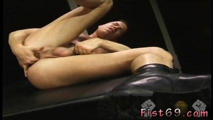 AVIS: Fist fucking sites