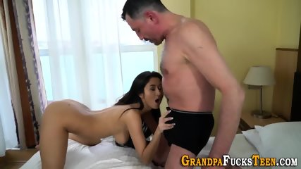 Teen jizzed by pervert