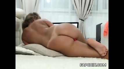 Dirty Milf Dumpster Fucks Herself To A Squirt