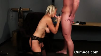 Peculiar peach gets sperm load on her face swallowing all the semen