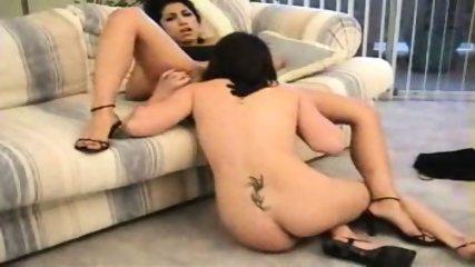 Nice Lesbian Orgasm - scene 6