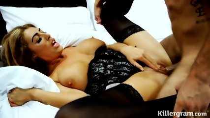 Bed Action With Slutty Blonde