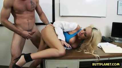 Big tits doctor hardcore with cumshot