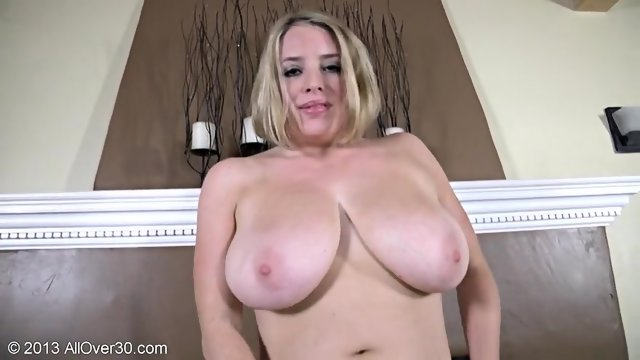 Huge Boobs Of Sexy Mommy