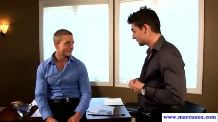 Muscular office hunk cockrides hung colleague