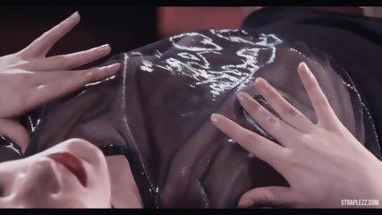 Ladies Use Strapless Dildo - scene 1