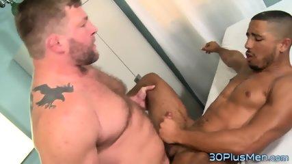 Doctor fingers black ass - scene 11