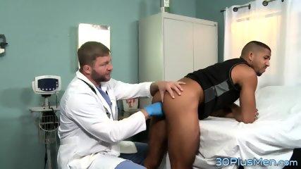Doctor fingers black ass - scene 2